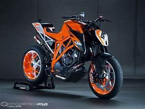 Ktm Super Duke R : ktm 1290 super duke r prototype photos motorcycle usa ~ Medecine-chirurgie-esthetiques.com Avis de Voitures