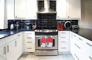 carrelage metro noir qui invite lelegance dans nos domiciles With credence cuisine carrelage metro