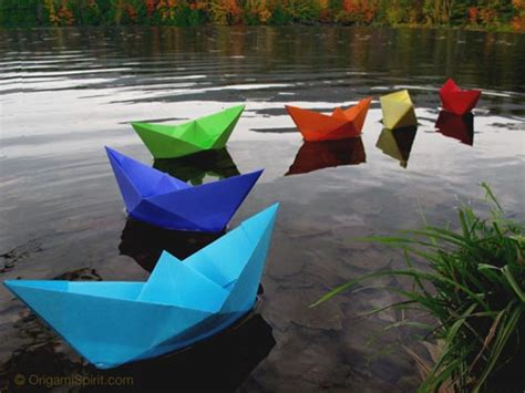 Origami Boat Rectangular Paper by Easy To Fold An Origami Boat