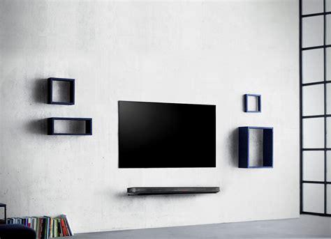 Fernseher Für Wand by Lg Signature Oled W Diesen Fernseher Pappt Ihr Wie Ein