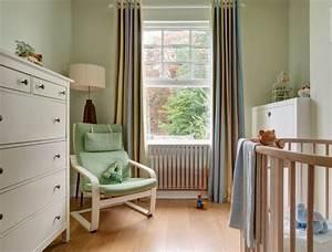 Rangement Chambre Enfant : chambre b b fille en nuances de vert inspirantes ~ Teatrodelosmanantiales.com Idées de Décoration
