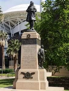 Sir Ross Smith Memorial | Adelaidia