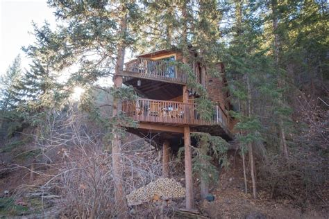 rocky mountain treehouse    treehouse