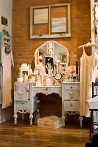 Walk-In Closet Vanity Table