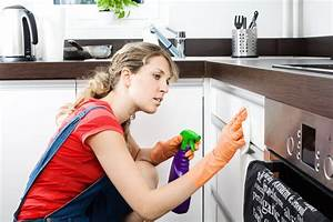 Küchenschränke Reinigen Hausmittel : k chenschr nke reinigen so werden sie richtig sauber ~ A.2002-acura-tl-radio.info Haus und Dekorationen
