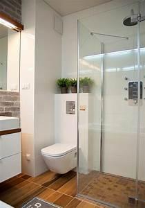 Kann Man Bei Gewitter Duschen : kleines bad einrichten 51 ideen f r gestaltung mit dusche ~ Frokenaadalensverden.com Haus und Dekorationen
