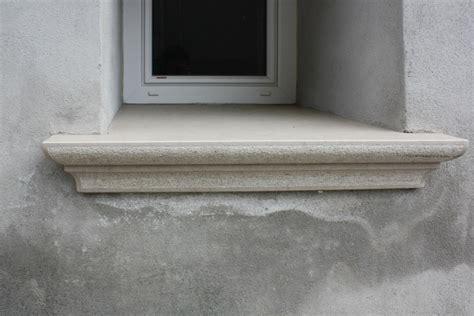 pietra per davanzali davanzali in marmo bianco lagorai pietre