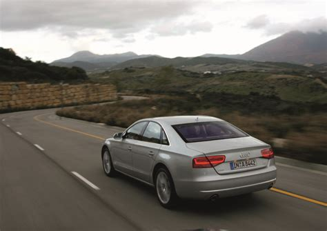 2011 Audi A8 Photos,specifications,price,reviews