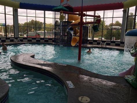 comfort inn suites kent oh waterpark picture of comfort inn kent kent tripadvisor