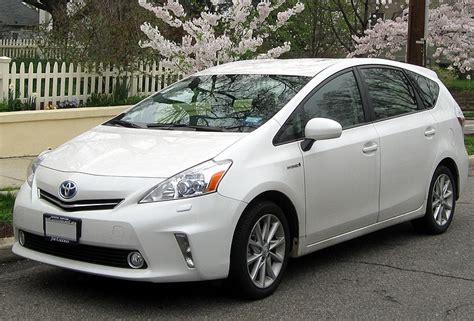 File Toyota Prius V  Jpg Wikimedia Commons