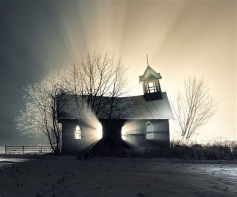 14 Most Fascinating Abandoned Places Of The World (photo