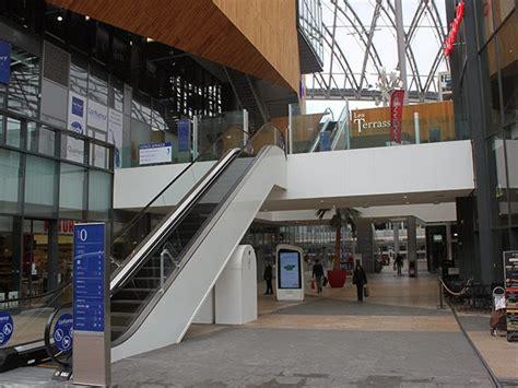 le centre commercial confluence ouvert le dimanche