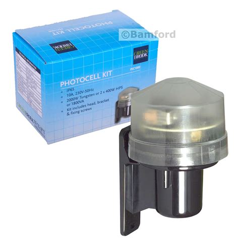 dusk till dawn security light dusk till dawn sensor light switch photoelectric external