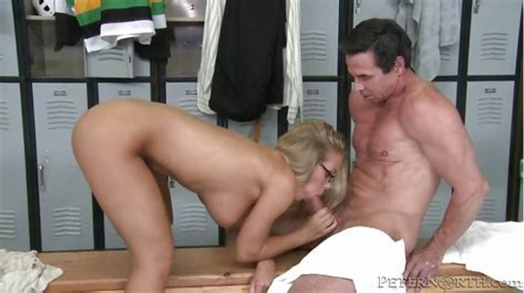 #Nicole #Aniston #Babe #Eating #A #Man'S #Sausage