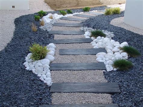 Decorer Son Jardin Avec Des Pierres #1