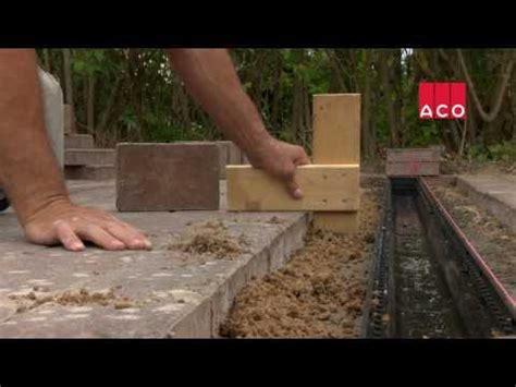 Tür Für Nische Selber Bauen by Einbauvideos Aco Hochbau