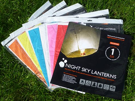 lanterne magiche volanti lanterne volanti nightskylanterns 0 50 spedizione