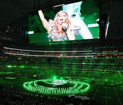 Celebrity Hollywood Cool Fergie Super Bowl Xlv