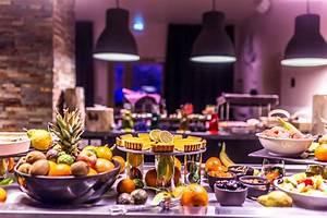 Petit Buffet Salon : le grand aigle h tel spa maranatha hotels buffet continental petit d jeuner ~ Teatrodelosmanantiales.com Idées de Décoration