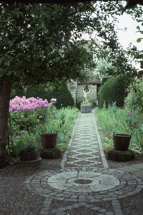 Designing An Arts & Crafts Garden  Old House Restoration