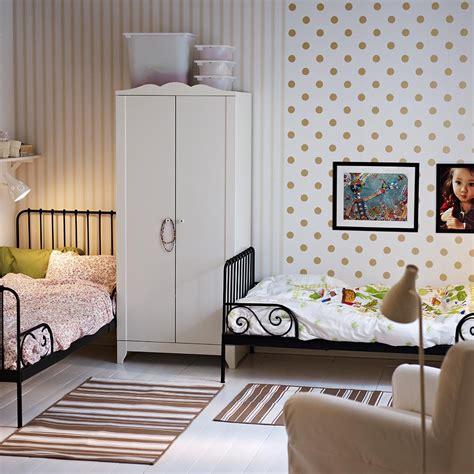 papier peint pour chambre rangement chambre d 39 enfant maison