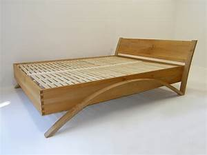 MapleArt: Custom Wood Furniture, Vancouver, BCBegonia Bed