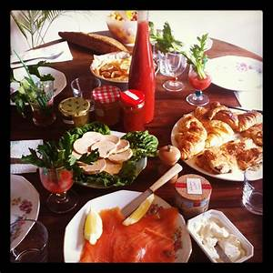 Dining French-Style | The Dos and Don'ts of Eating in ...