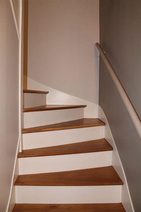 renovation escalier bois decapage marches pour les