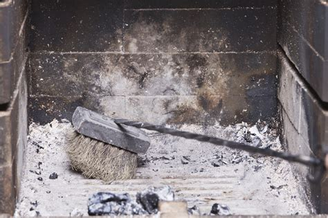 How To Clean Your Chimney Box Without The Mess