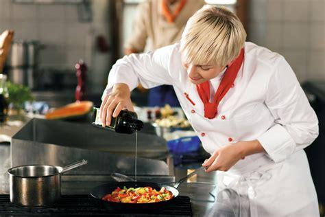 sous chef de cuisine definition duden kö chin rechtschreibung bedeutung definition