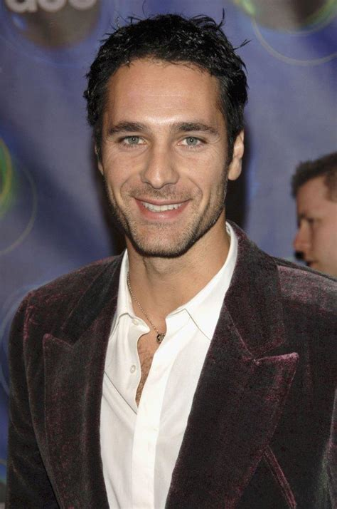 Born and raised in rome, raoul bova finished his compulsory education, completed military service as a sharpshooter, and started a university education before chucking it for a chance at an acting career. Raoul Bova Pictures and Photos   Fandango