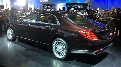 Optimal turning radius and maneuverability. Mercedes-Maybach S600 limo at 2014 LA auto show by CAR Magazine