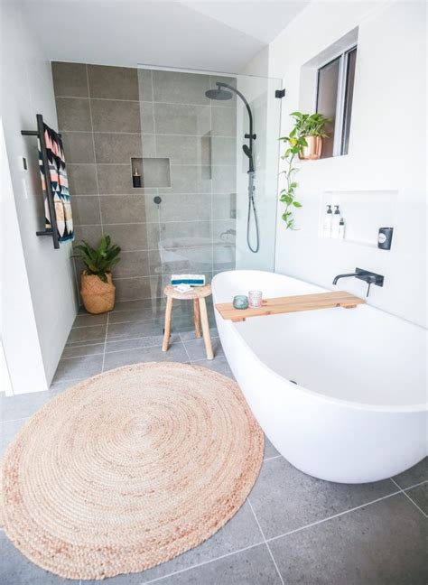 bathroom styling ideas house call warning shelley 39 s home will likely cause