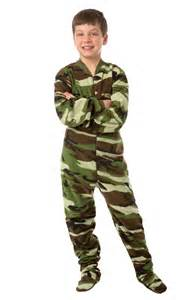 green camouflage footed pajamas for boys
