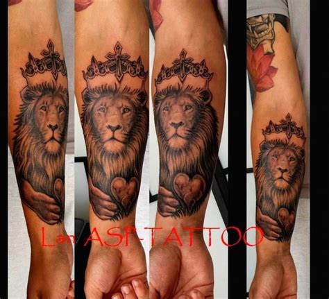 tatouage avant bras lion modeles  exemples