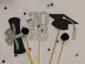 graduation table decorations uk 25 best ideas about graduation centerpiece on