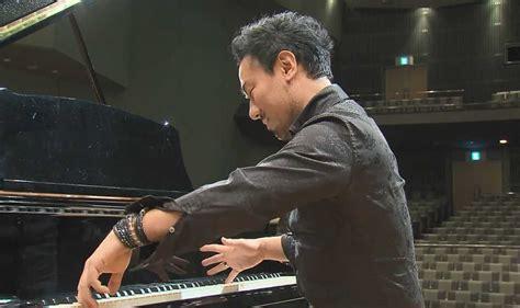 7 本 指 の ピアニスト