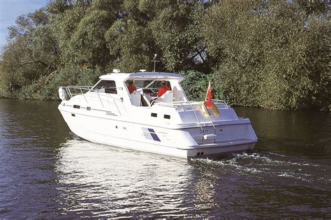 Shadow Boats Brundall by Shadow Boats