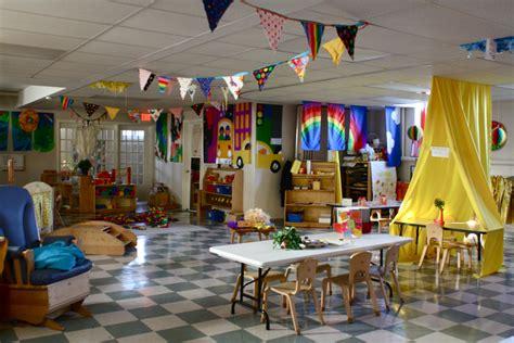 31 most beautiful classroom decor designs designbump 419 | enhanced buzz wide 3500 1382436410 16