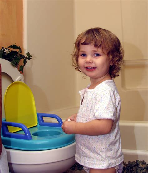 kid pee toilet how to potty train boys 10 tips hirerush blog