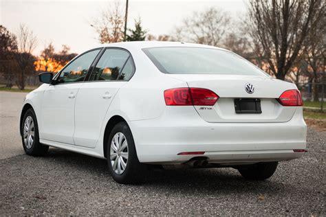 2011 Volkswagen Jetta, White