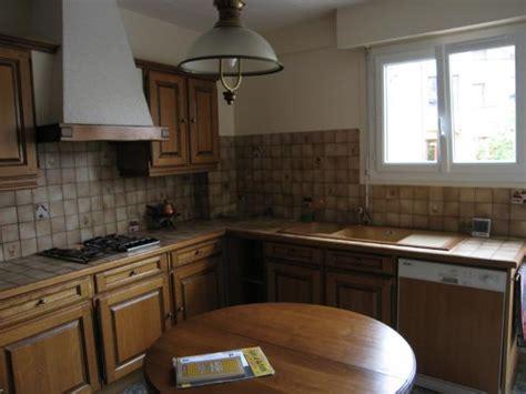 refaire une vieille cuisine cuisine à refaire photo 3 5 15m les meubles sol d