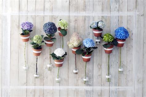 blumenschmuck hochzeit hortensien blumendeko hochzeit so wird es romantisch und modern