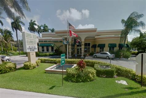 Deck Sports Bar In Hallandale Fl by Review Of Deck Ale Sports Grille 33009 Restaurant 906