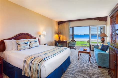 Hotels Near Catamaran Resort Hotel And Spa by Catamaran Resort Hotel And Spa Bay Front Room King Bed