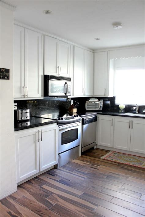 17 best ideas about microwave above stove on 573 2a192eb469d0b330f9a2e2712d40ad61