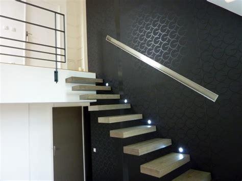 lumiere cuisine sous meuble escalier bois moderne suspendu contemporain escalier