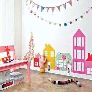 Schräge Wände Gestalten : babyzimmer komplett gestalten girlanden ketten wand ~ Lizthompson.info Haus und Dekorationen