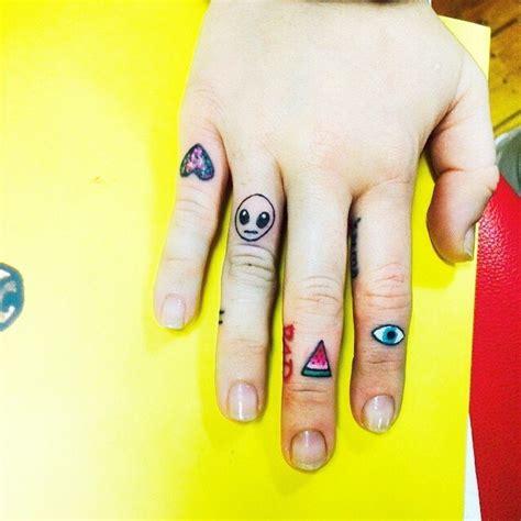 miley cyrus    tattoos  australia updates