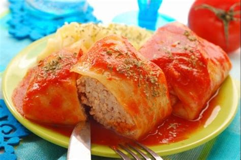 cuisine polonaise recette recette de golabki chou farçi à la polonaise facile et